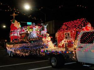 December - Very Merry Parade of Lights